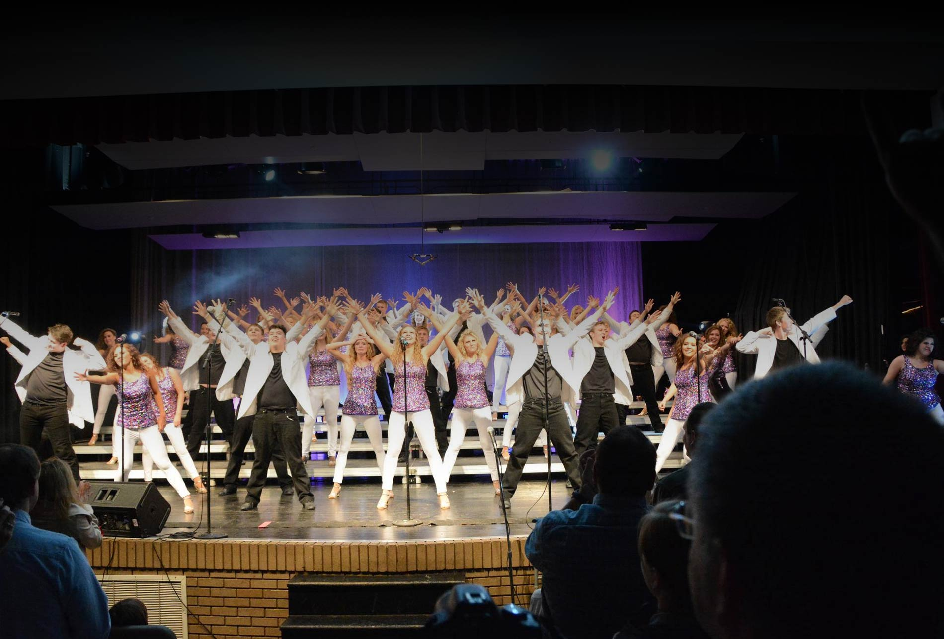 SHOW CHOIR SPECTACULAR